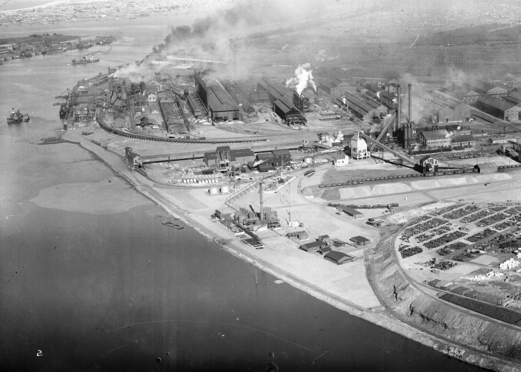Port Hunter, Stockton, Walsh Island, Port Waratah, BHP, Coke Screen House and Bins, By-Product Plant, Wilputte Coke Ovens, Pig Mills, New By-Product Plant, Spares Area and Slag Dump. (Photograph by Milton Kent Airplane Photographs, Sydney. Southern No. 63.3.-.2.1935.jpg)