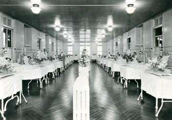 Womens Ward, 1950s